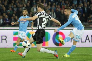 Mertens gol alla juve Napoli-Juve 2-0