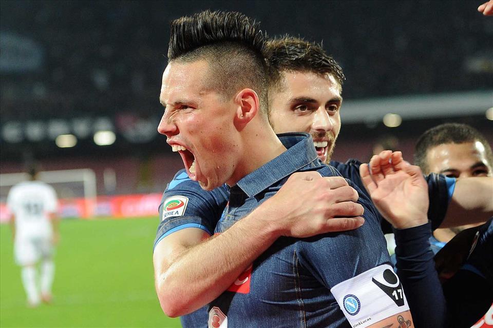 Napoli-Sassuolo Hamsik esulta 2