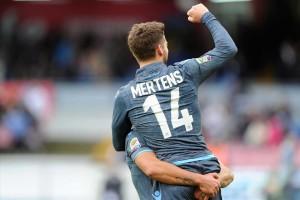 Napoli-Udinese Mertens esulta 2