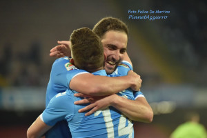 Higuain Mertens_DMF_7414 Napoli-Milan 3/5/2015 foto De Martino