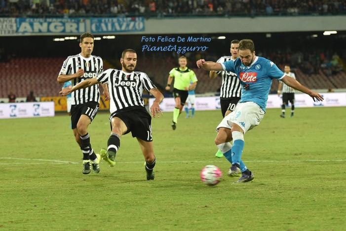 AMARCORD – Napoli-Juventus, sfida su due tavoli