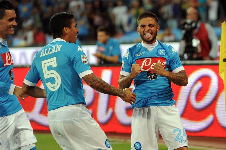 Napoli-Lazio 5-0 Insigne esulta