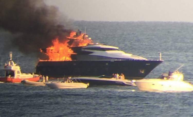 YachtDeLaurentiis