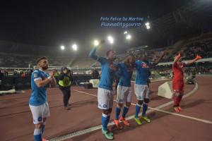 Saluto ai tifosi_DMF_1865 Napoli-Chievo 5/3/2016 foto De Martino