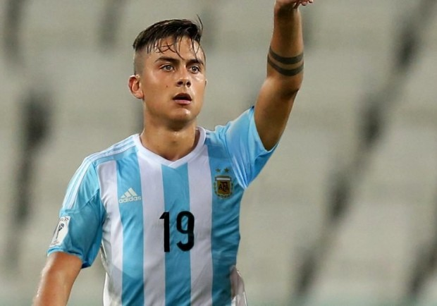 Dybala migliora, contro il Napoli, sarà a disposizione di Allegri