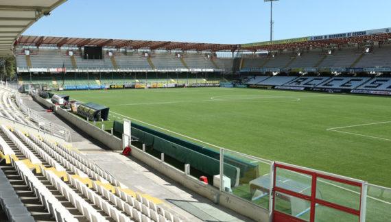 Il Cesena umilia il Benevento con un secco 4-1. Stregoni sconcertanti