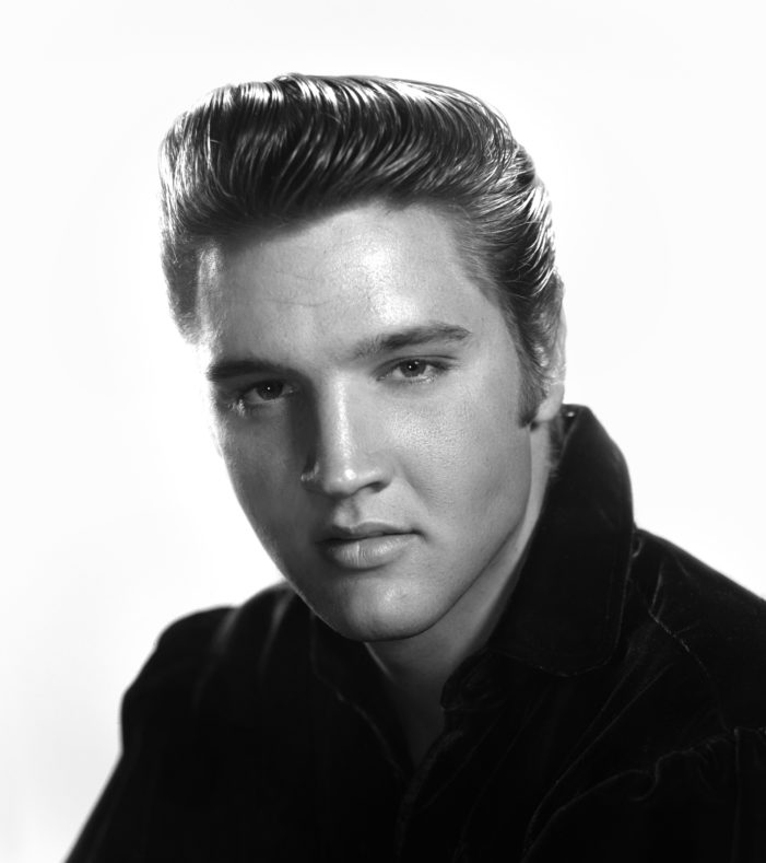 Elvis Presley: quarant'anni fa moriva il re del Rock Roll