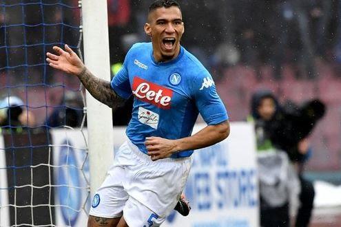 LE PAGELLE DEGLI AZZURRI: Napoli-Spal 1-0, Allan sette polmoni, leziosi gli attaccanti