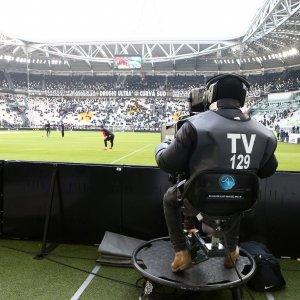 Calcio, gruppo cinese acquisisce il controllo di Mediapro