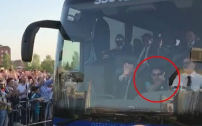 Sarri risponde così agli insulti dei tifosi: VIDEO