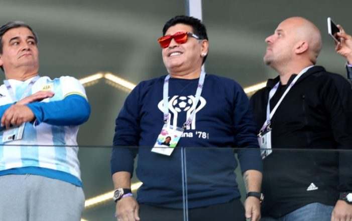 """Maradona: """"Così Sampaoli non torna in patria"""""""