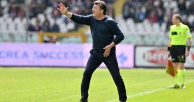 """Torino, Mazzarri: """"Per l'Europa può succedere di tutto. Di arbitri non parlerò più"""""""