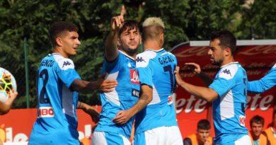 Napoli-Feralpisalò 5-0: Manolas segna al debutto, doppietta di Verdi
