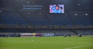 L'uomo delle foto di Maradona nella bara si è consegnato alla polizia